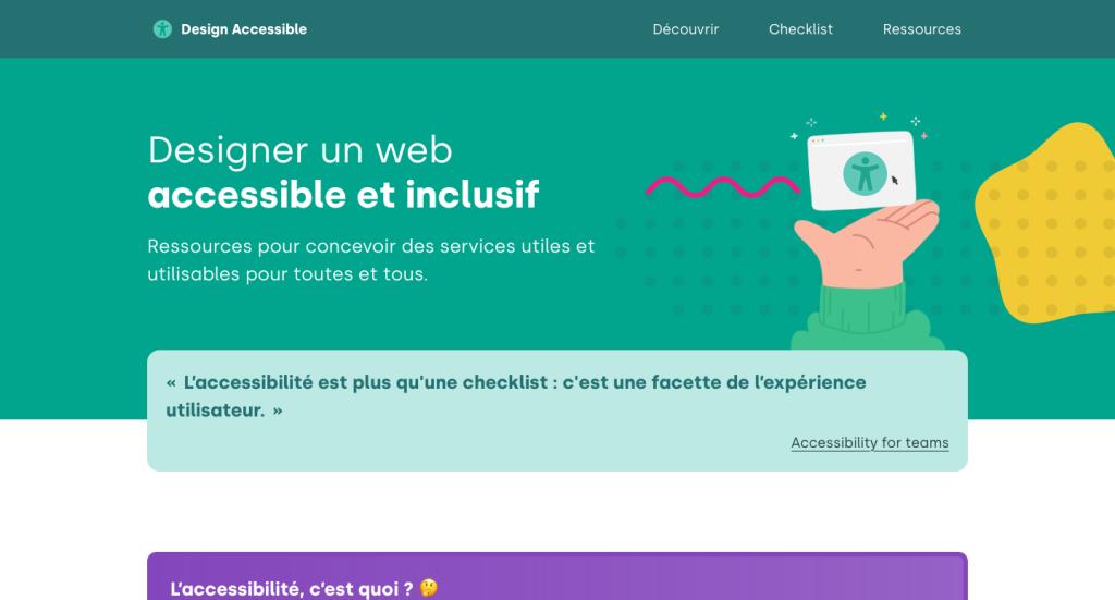 """Page d'accueil du site Design Accessible. Un gros titre annonce """"Designer un web accessible et inclusif"""". Une main soutient un écran affichant le logo du design universel."""